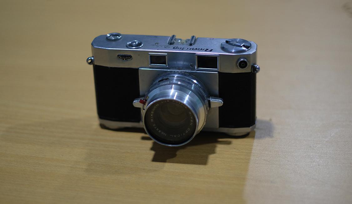 thu mua lens máy ảnh phim